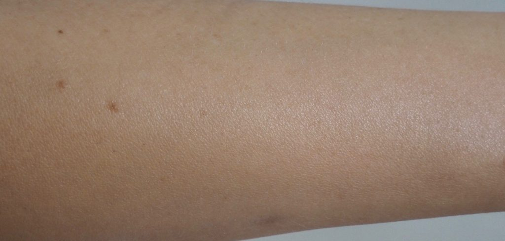 swatches mineral Sunscreen SPF 30 - 4