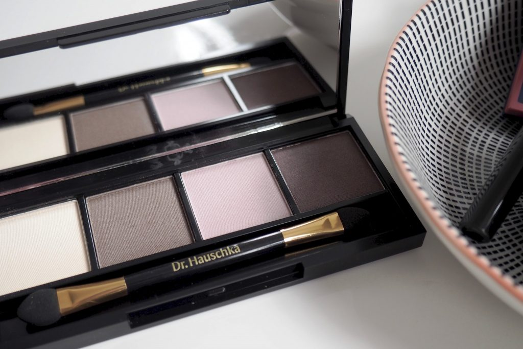 Dr.hauschka Welcome Back LE - Lidschatten Palette 02 Review und Swatches - 2