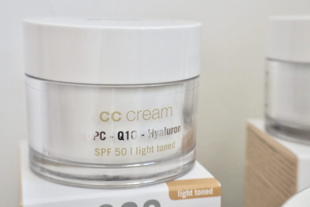 Review EcoCosmetics CC Cream SPF 30 SPF 50 - 8